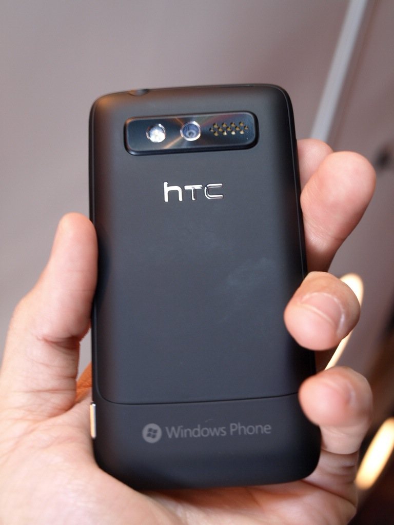 htc-7-trophy-windows-phone-7-hands-on-wp7-5