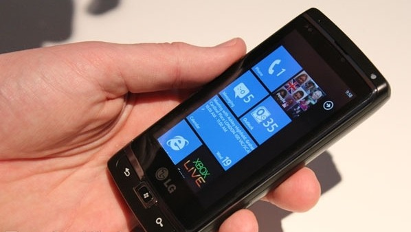 windows-phone-7-11-october-1