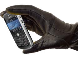 stolen_mobile_hand