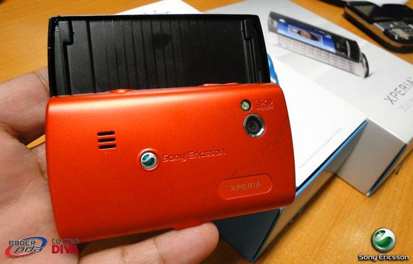 SonyEricsson-Xperia-X10-MiniPro_3