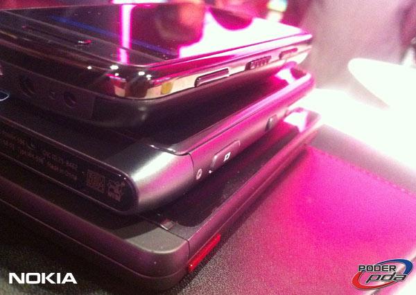 Nokia-E7-&-C6-01_14
