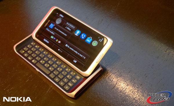 Nokia-E7-&-C6-01_17