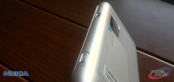 Nokia E7_12