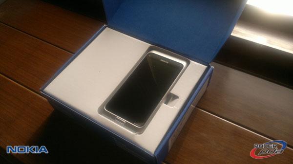 Nokia E7_2
