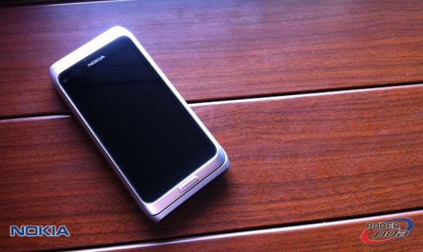 Nokia E7_8