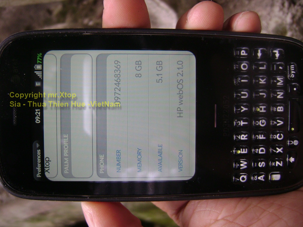 Palm Pixi Plus webOS 2.1