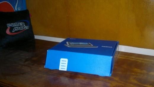 Nokia E7 unboxing