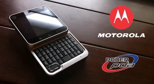 Motorola-FlipOut-MAIN