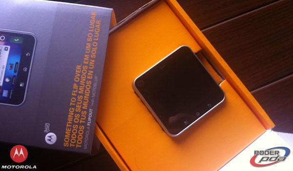 Motorola FlipOver-2