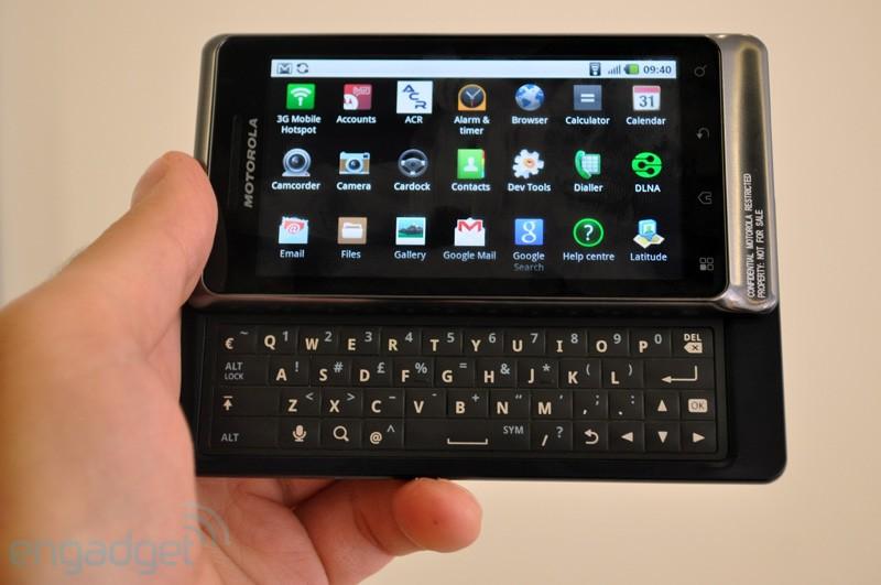 Motorola-Milestone-2-01