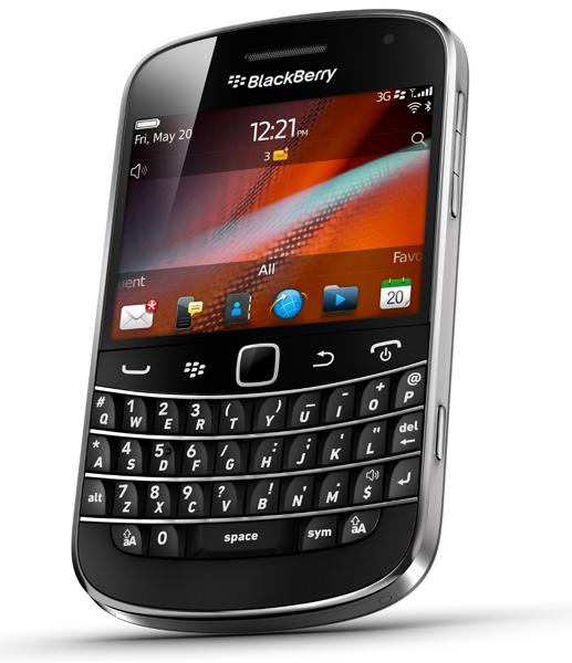 blackberry-bold-9900-angle