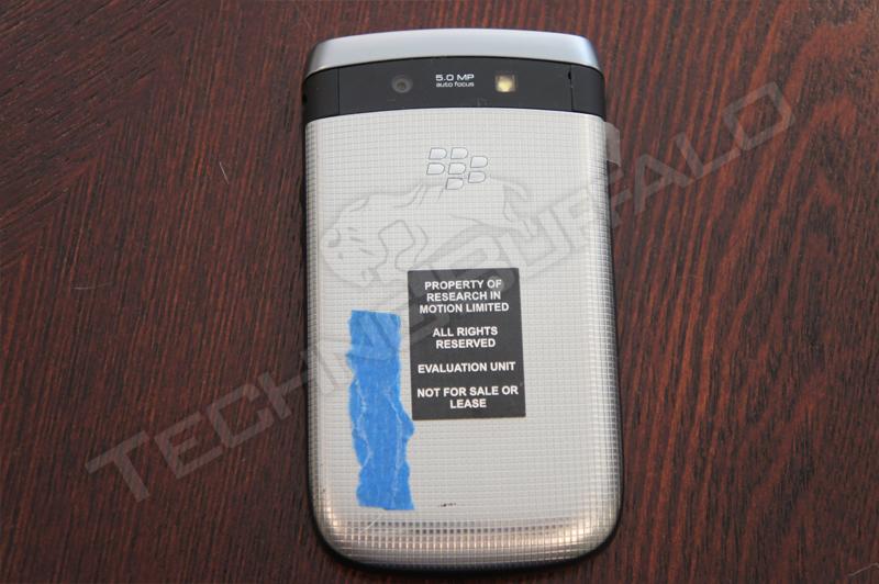 blackberry-torch-2-0004