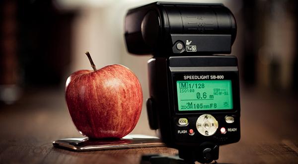Flash vs Apple