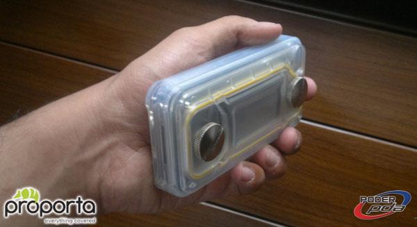InnoPocket_Waterproof_iPhone4_-14