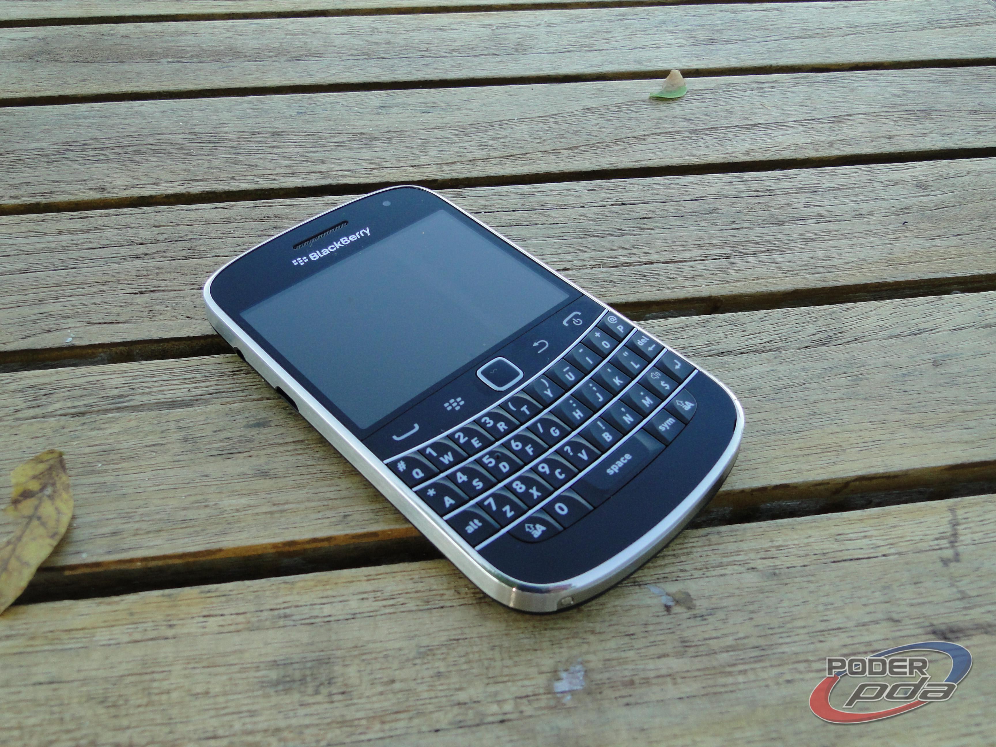 BlackBerry_Bold_9900_-17