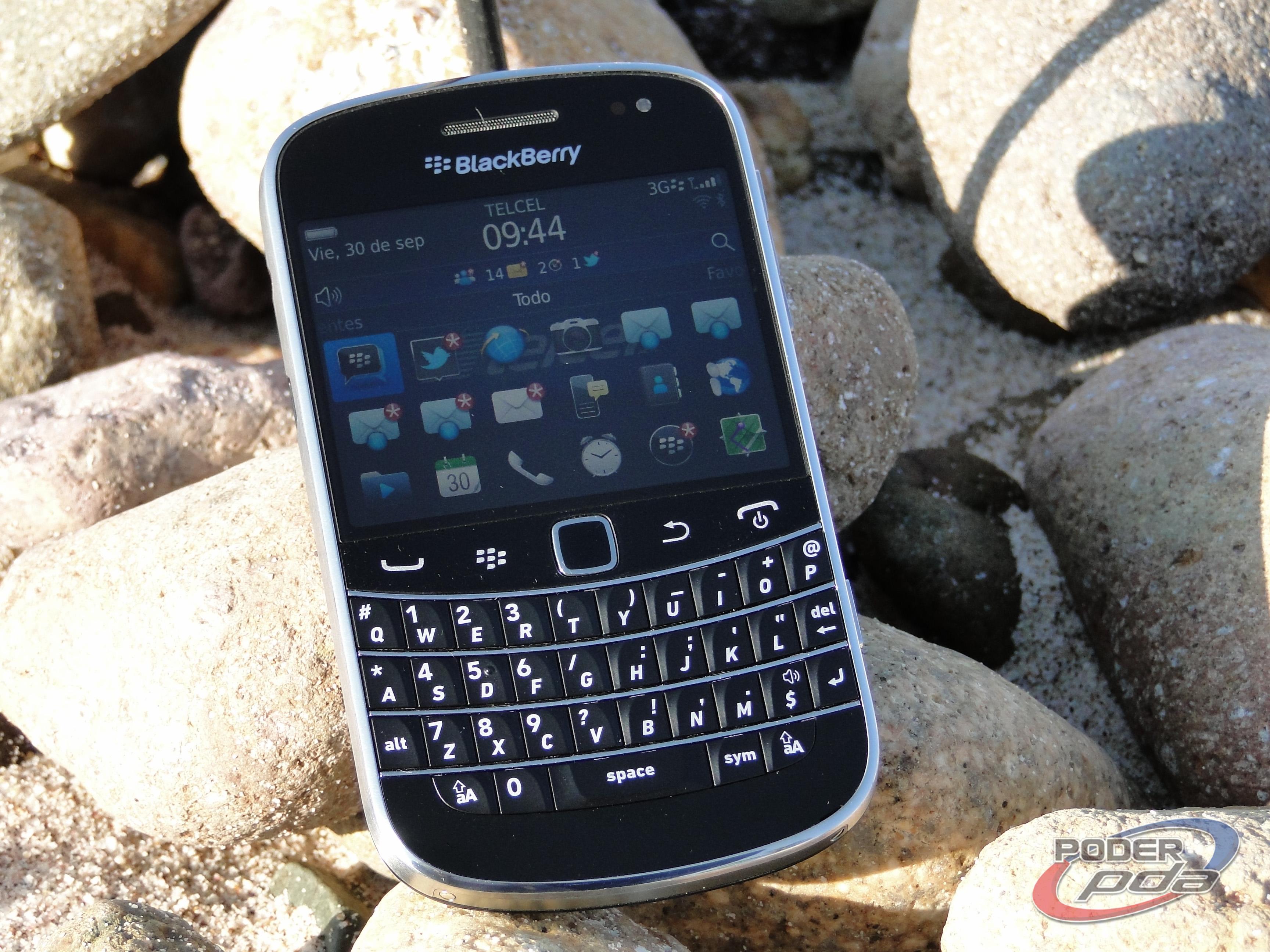 BlackBerry_Bold_9900_-20