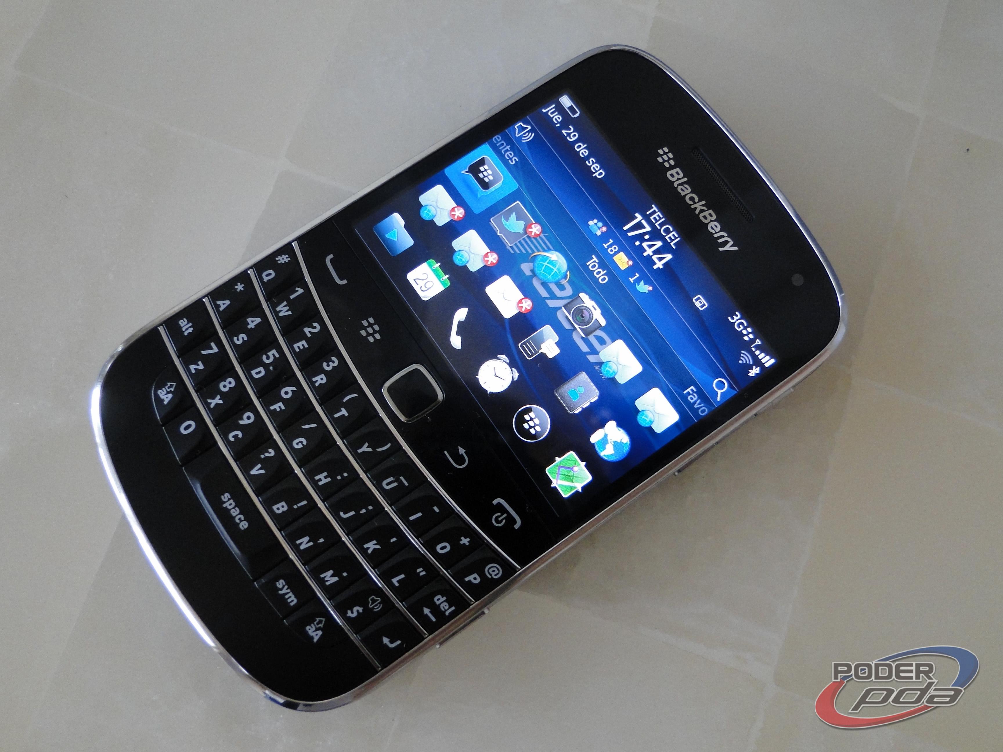 BlackBerry_Bold_9900_-8