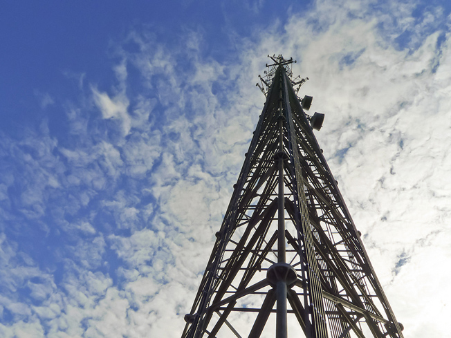 4g-cell-tower110315134418
