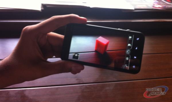 HTC_EVO_3D_-22