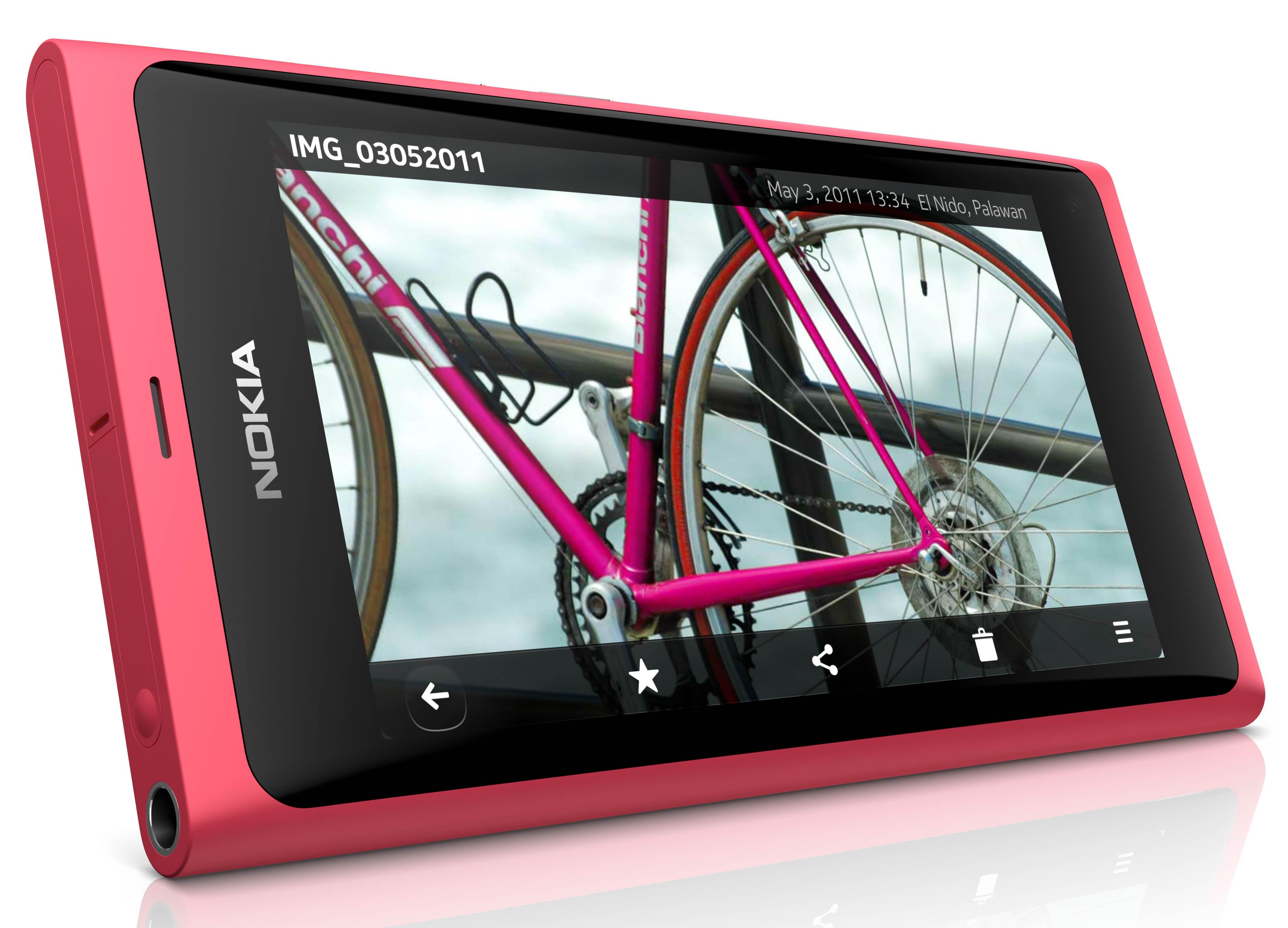 Nokia N9 Press Shot 3