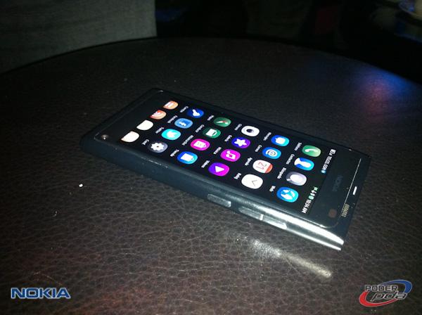 Nokia_N9_Mexico_-10