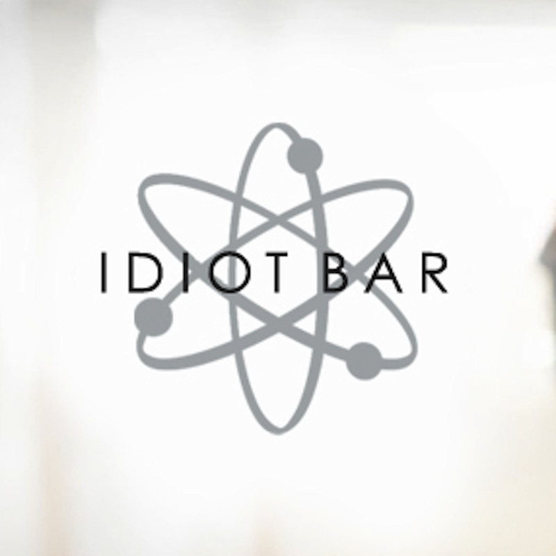 apple-idiot-bar-002