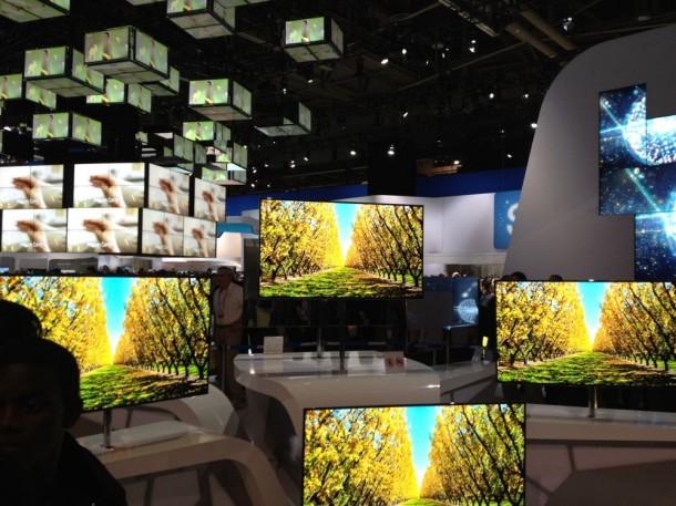 CES-2012-Samsung-Booth-Tour-31-610x457