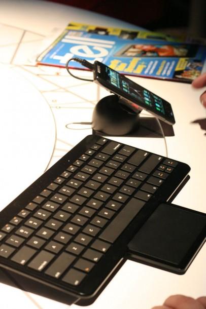 Motorola-06-406x610