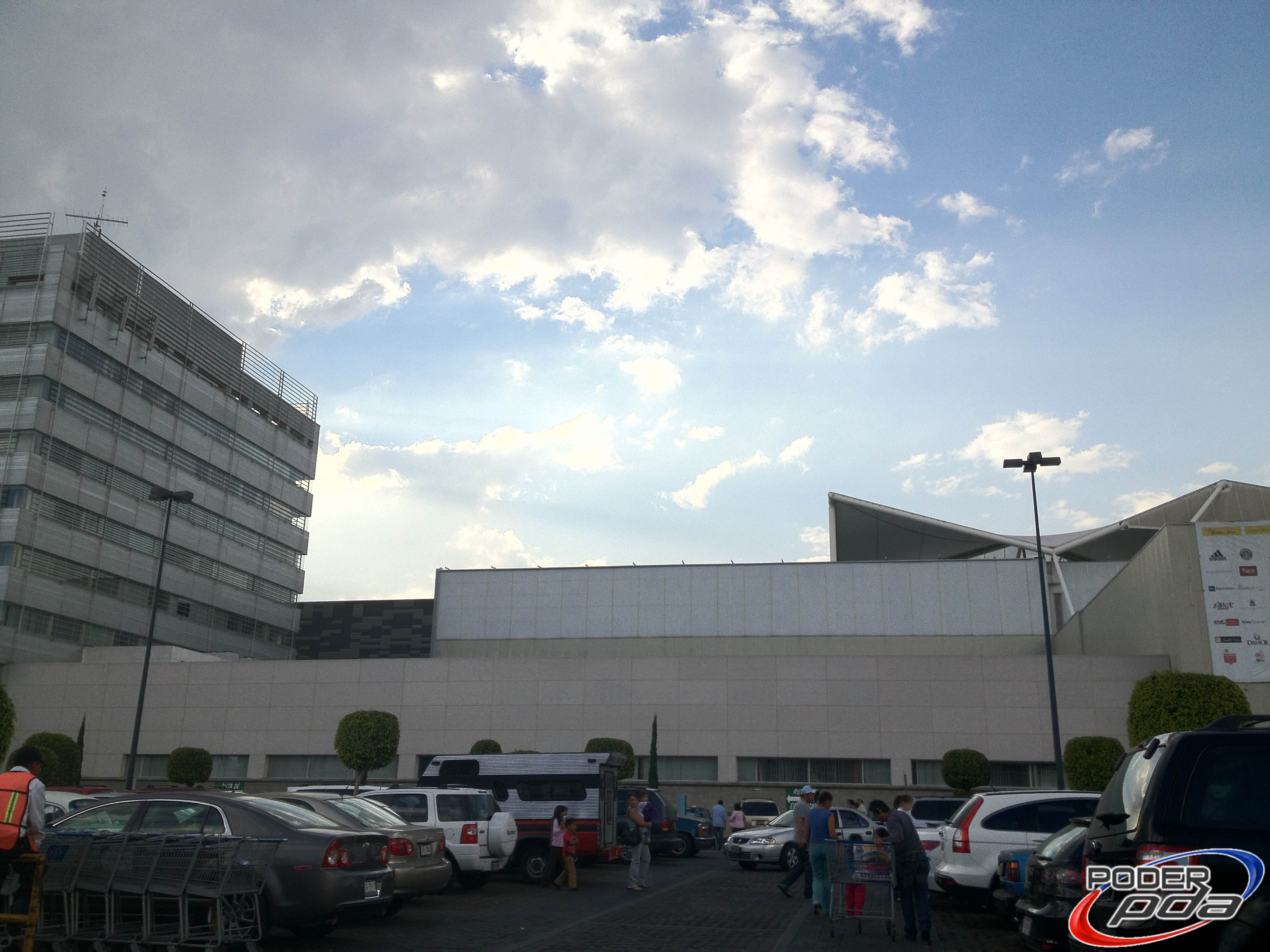 iPhone-4S-Mexico-Iusacell-Analisis-PoderPDA-Test-Photo-2