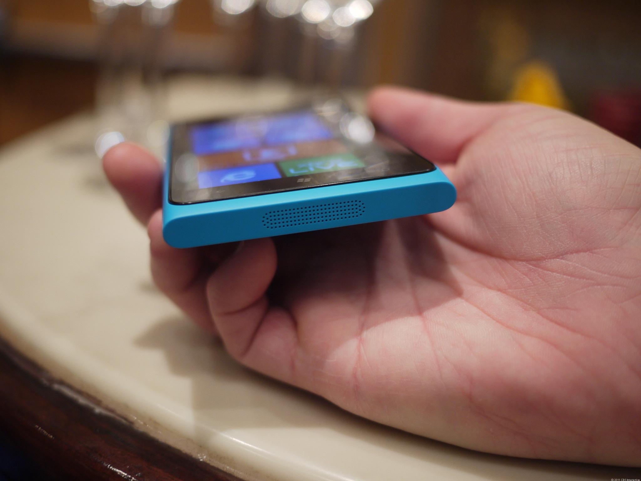 nokia-lumia-900-best-of-ces-2012-4