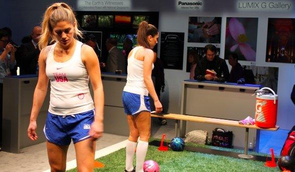 panasonics-babes-played-an-indoor-soccer-game