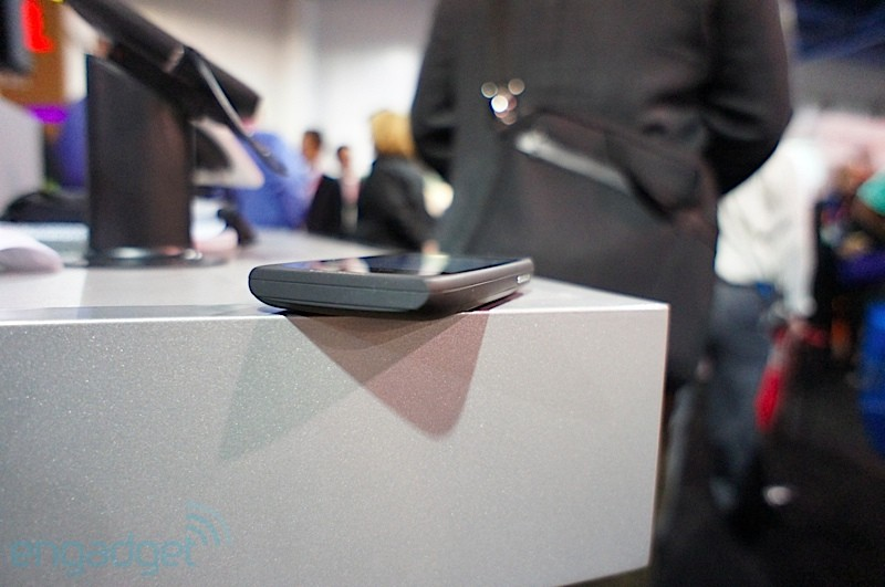 viewsonic-viewphone-3-ces-2012-14