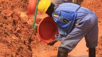 AVX-Visit-to-Mines-Sites-DRC-Jul-2011-050