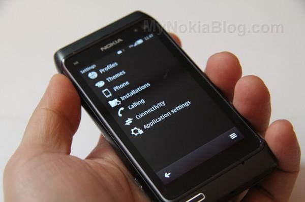 Nokia-Belle-N828