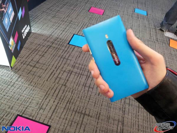 Nokia-Lumia-800-Mexico-5