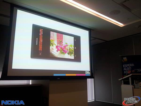 Nokia-Lumia-800-Mexico-Presentacion-2