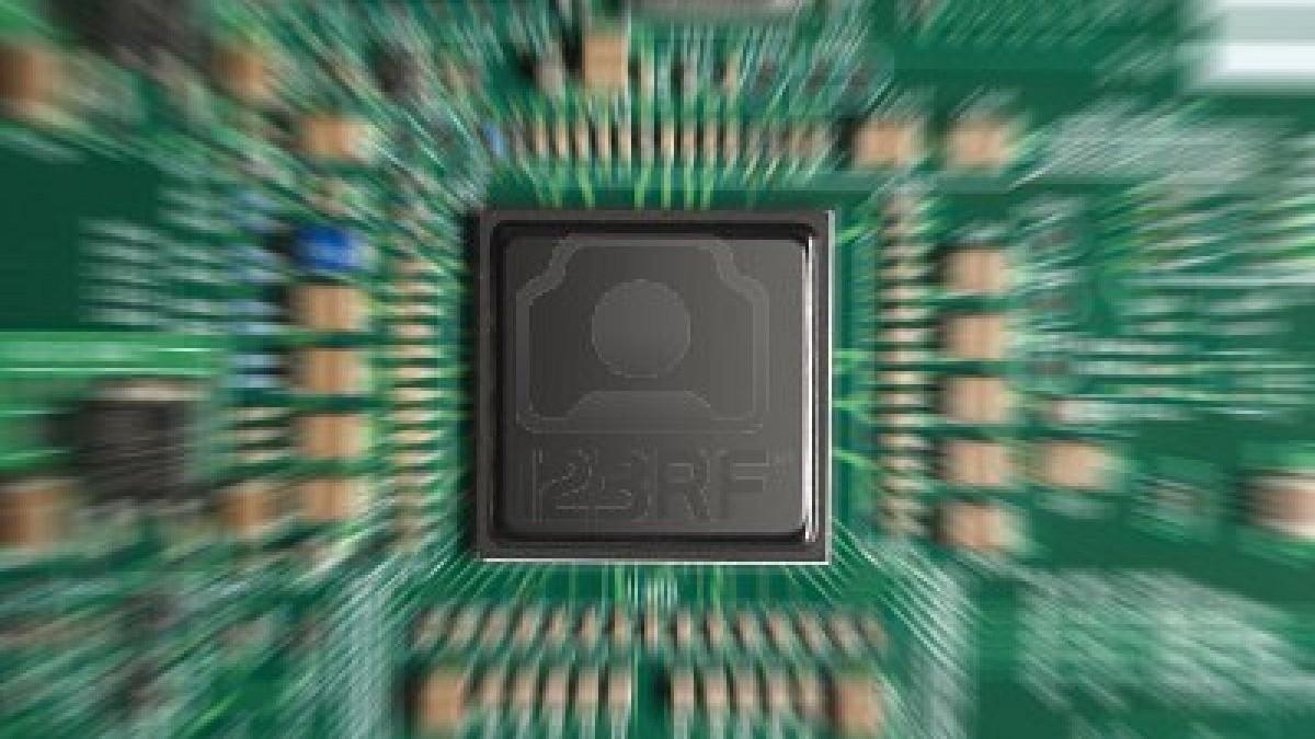 9376813-primer-plano-de-chip-de-computadora-con-efecto-zoom