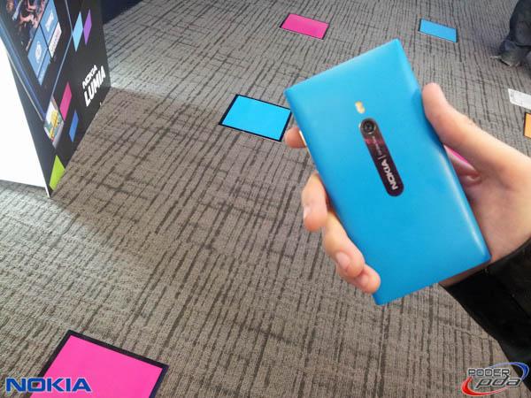 Nokia-Lumia-800-Mexico-6