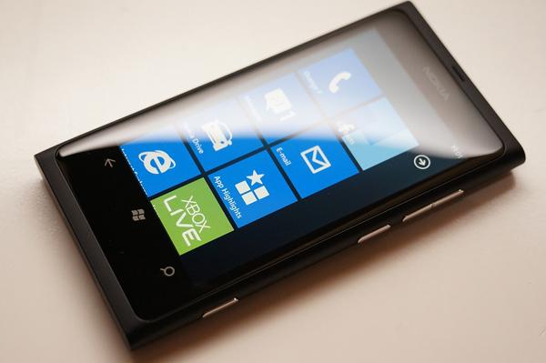 Nokia_Lumia_2