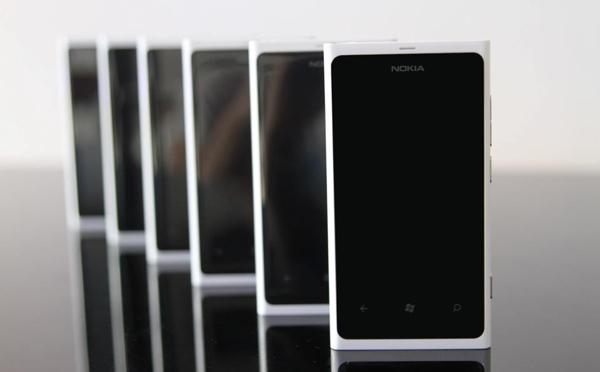 Nokia_Lumia_4