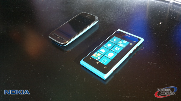 Nokia_Lumia_Mexico_Telcel_-201