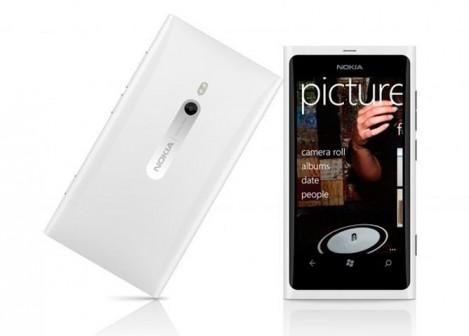 lumia-800-blanco-469x336