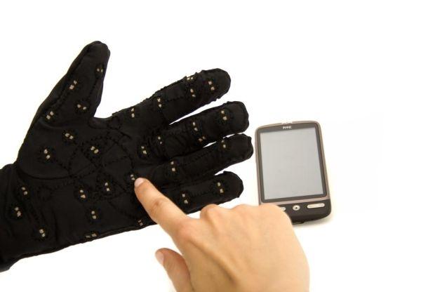 mobile-lorm-glove-03