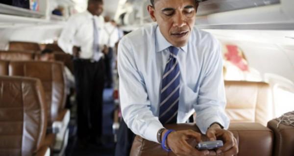 Obama prefiere BlackBerry
