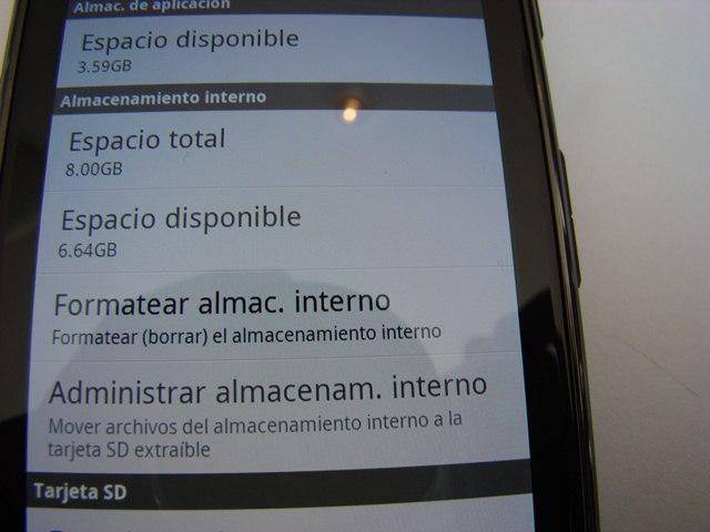 Motorola RAZR MAXX 14