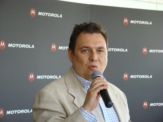 Motorola RAZR MAXX 33