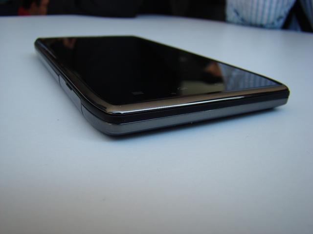 Motorola RAZR MAXX 37