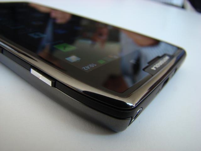 Motorola RAZR MAXX 44