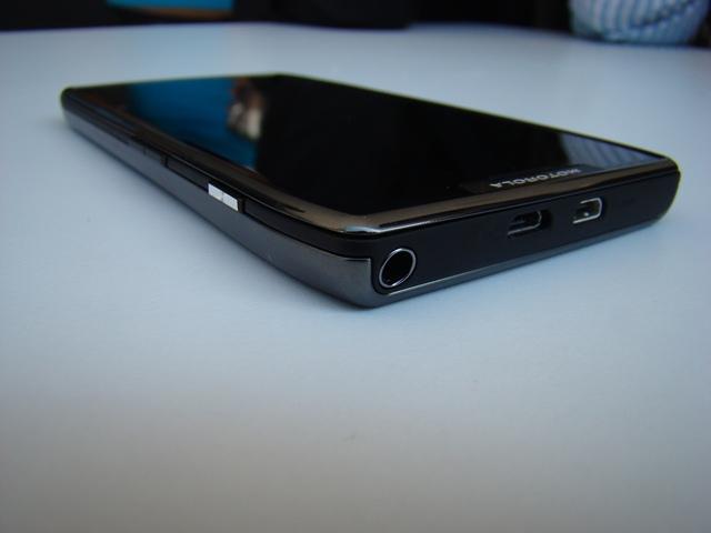 Motorola RAZR MAXX 54
