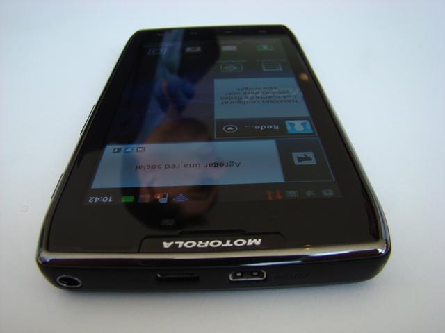 Motorola RAZR MAXX 56